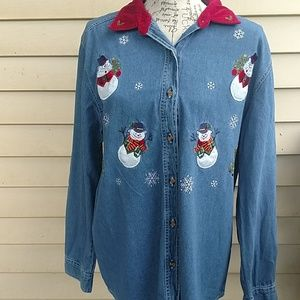 Women's Bobbie Brooks Christmas button- up shirt L